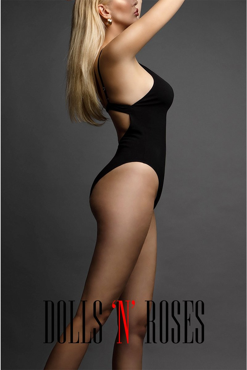 Hailey - Top VIP London Escort